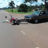 Motociclista impactó contra un auto en la ruta 14 al intentar entrar a una estación