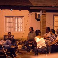 Por las drogas, padres ya no mandan a sus hijos a la plaza en Schuster, piden más iluminación y ser escuchados