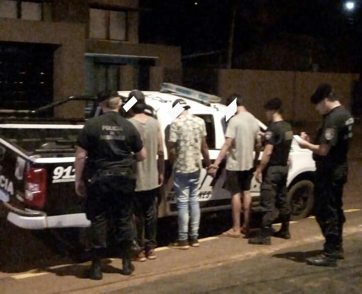 Tras anular el sistema de alarmas entraron a robar a una casa en el km9
