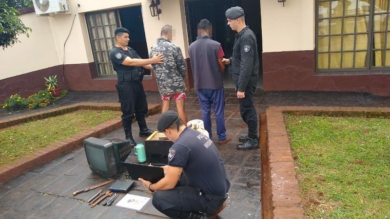 """""""Chori"""" y un adolescente ofrecían una tv y otros objetos robados en VillaChristen"""