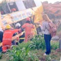 El colectivo circulaba a 43 km/h según el GPS, imputaron al chofer del camión