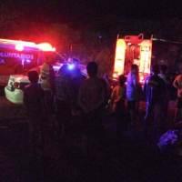 Bomberos y vecinos apagaron incendio que destruyó una casa, una mujer y sus tres hijos se quedaron sin nada