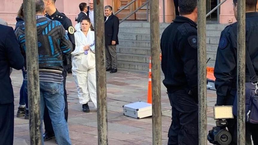 Detuvieron en Casa Rosada a un hombre armado que quiso ingresar a ver alPresidente
