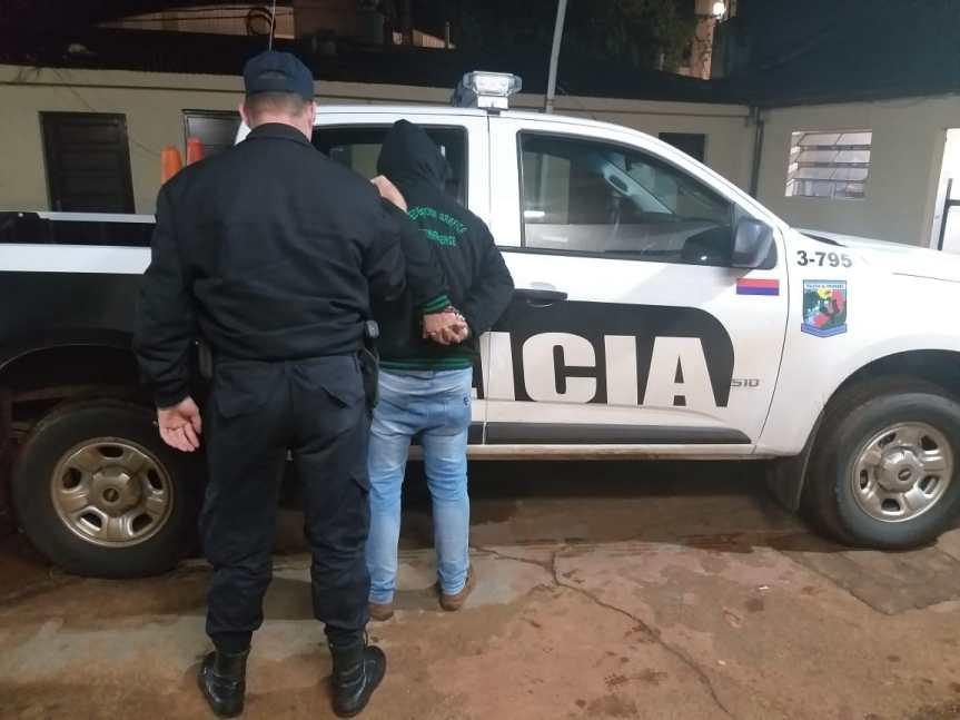 Ebrio detenido por disturbios en calle Córdoba; otro por entrar a la casa de sus vecinos con un macheteamenándolos
