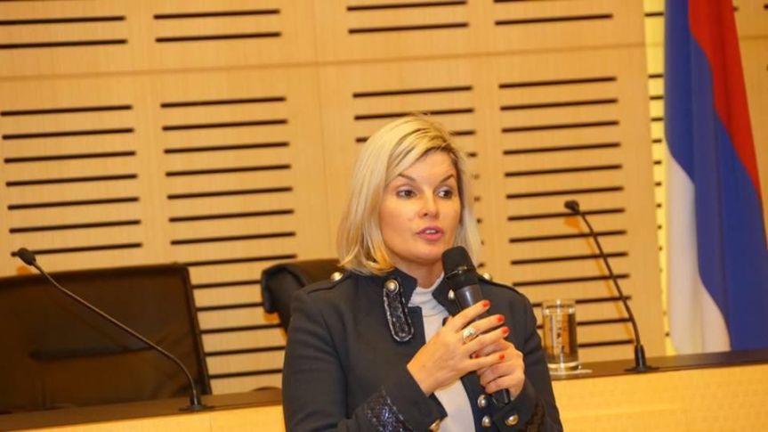 Diputadas renovadoras presentaron proyecto para declarar de interés el Día de laFelicidad
