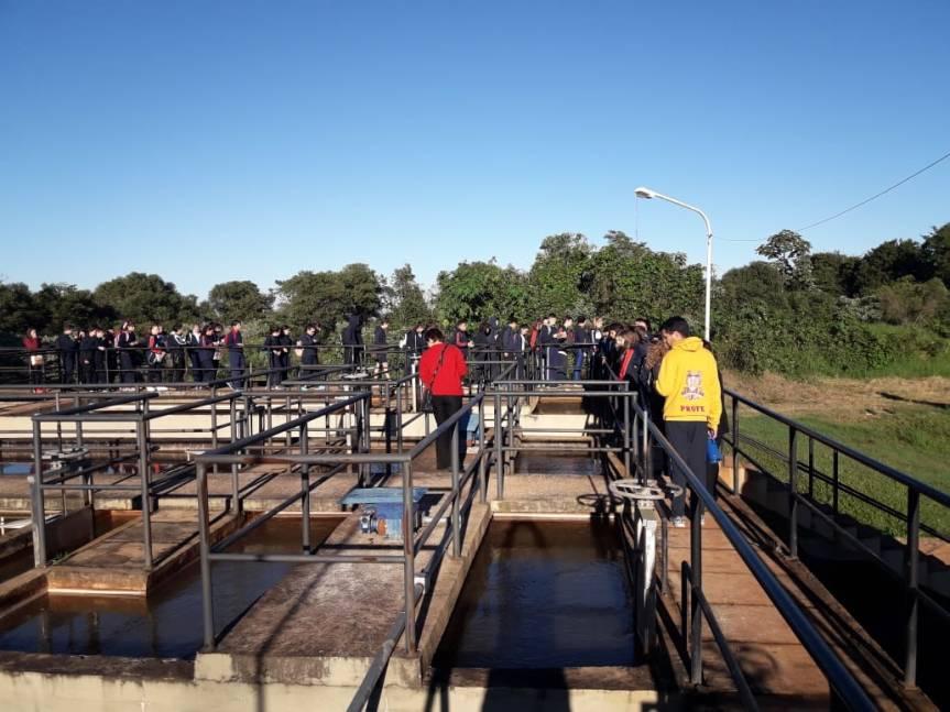 Estudiantes secundarios recorrieron la planta de Agua Potable ySaneamiento