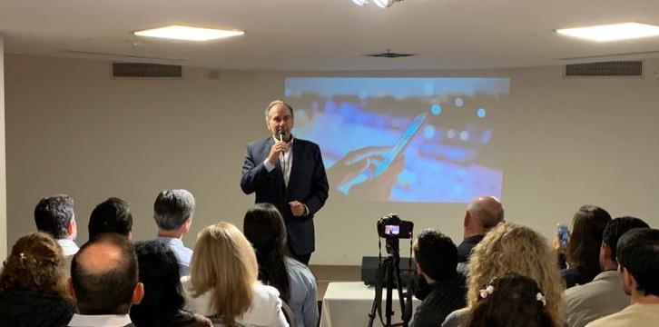 Schiavoni y Pastori presentaron un plan con ejes en la energía, la salud, la educación y la expansión productiva deMisiones