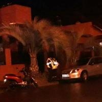 Choque entre un auto y una moto en Formosa y Cabral