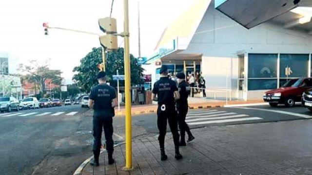Volvieron de Brasil y abrieron su local de comidas no respectando la cuarentena, una pareja fuedetenida