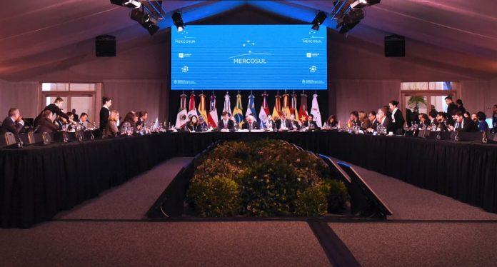 Cumbre del Mercosur: Se eliminó el roaming y no habrá que pagar extra en los paísesvecinos