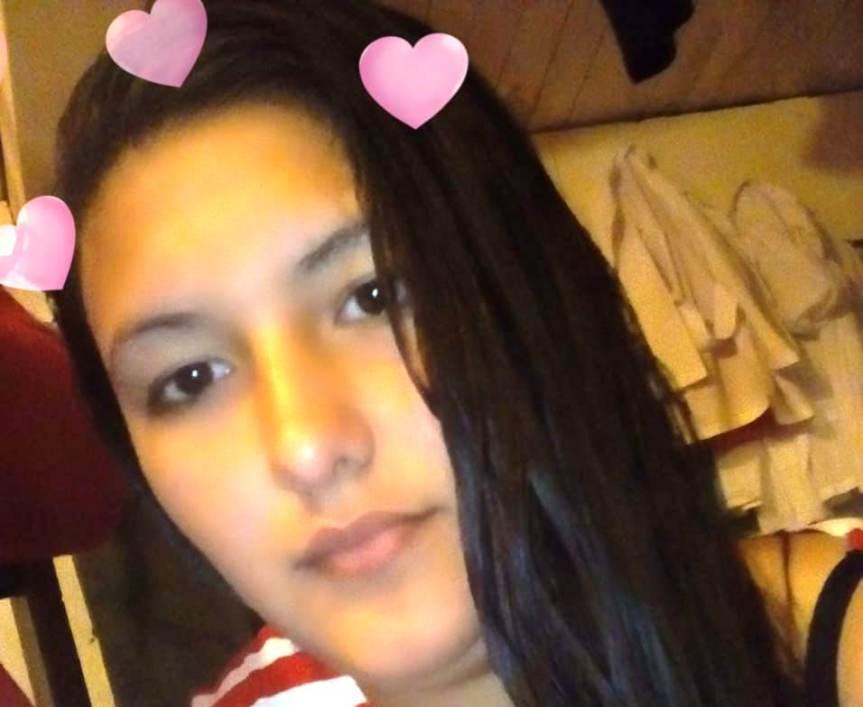 Buscan a una adolescente que no regresó a su casa en calleBerutti