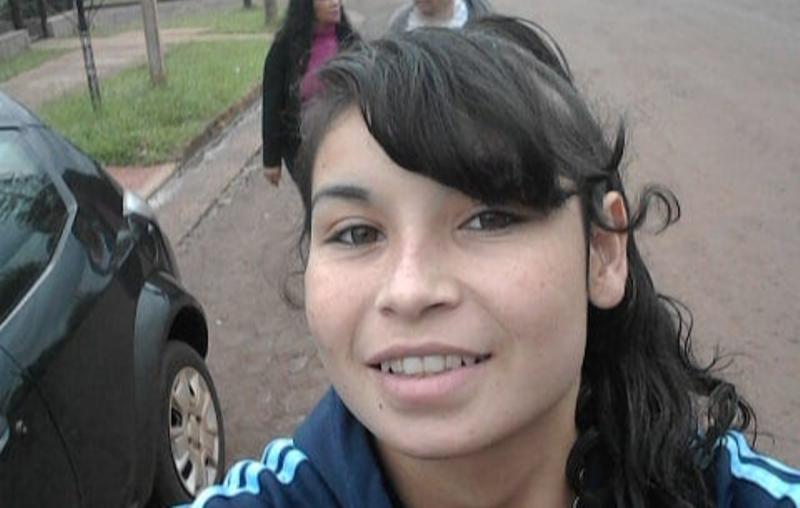 Buscan a una adolescente que no regresó a sucasa
