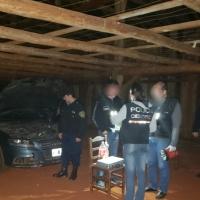 Se recuperó un auto de alta gama robado en Corrientes, estaba escondido en un galpón en zona rural