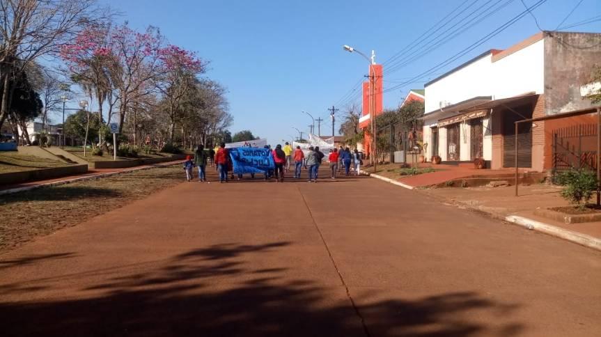 Organizaciones sociales protestan en Campo Viera y piden audiencia conRíos