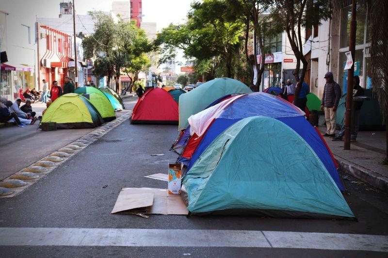 """Tareferos acampando en Posadas: """"queremos el proyecto, los módulos ayudan, pero no es algo sustentable"""""""