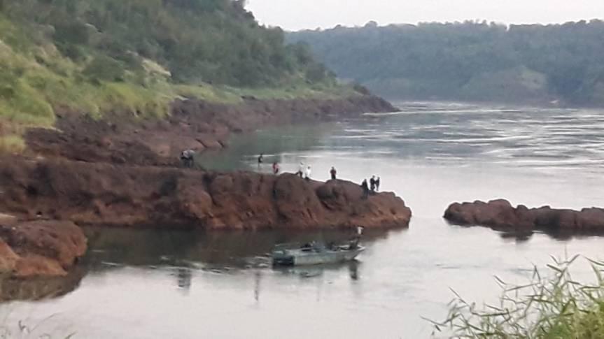 Hallaron el cuerpo del niño que se habría arrojado a las aguas del RíoParaná