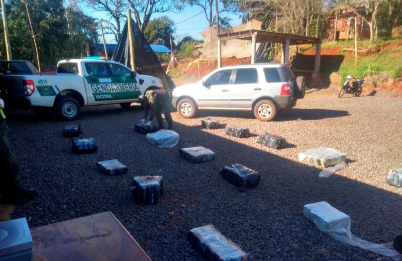 Desbarataron banda narco que operaba en Misiones y Chaco: 4 allanamientos y 436 kilos de marihuanaincautada