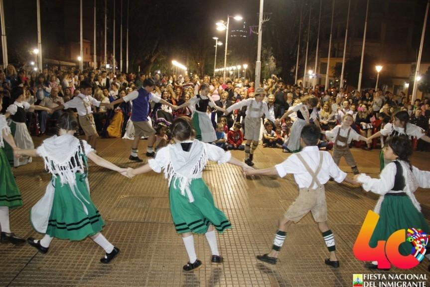 """Presentaron la 40ª edición de la Fiesta: """"No es gasto sino inversión en cultura y turismo que despuésvuelve"""""""