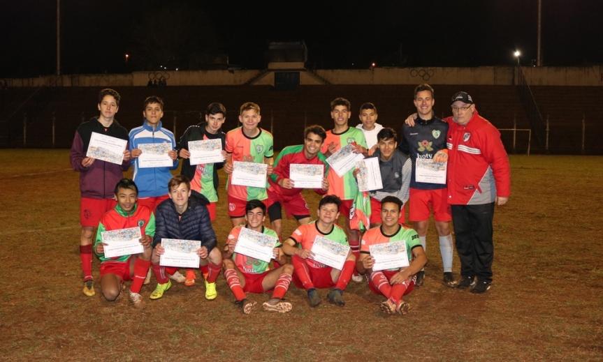 Club AEMO clasificó a los zonales de fútbol en los Juegos DeportivosMisioneros