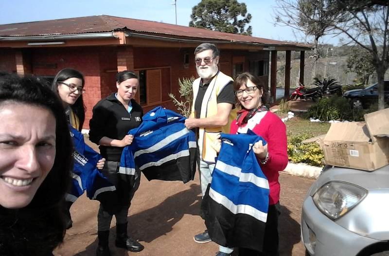 El Club de Leones entregó ropa de trabajo a lospresos
