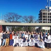 """""""Somos médicos, no asesinos"""": hoy hubo una reunión de médicos autoconvocados en el Centro Cívico"""