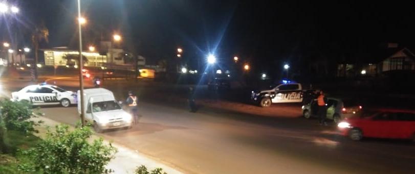 Cinco detenidos, marihuana y un arma incautada; 18 licencias, 10 motos y un autosecuestrados