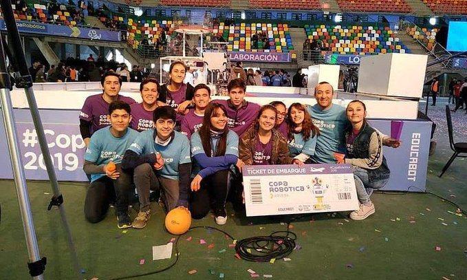 Robótica: Concejales otorgaron reconocimiento a las obereñas ganadoras que viajarán aDubai