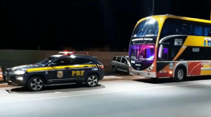 Colectivo argentino fue detenido en Brasil con 213 multas por exceso develocidad