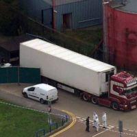 Hallaron 39 cadáveres dentro de un camión en Inglaterra