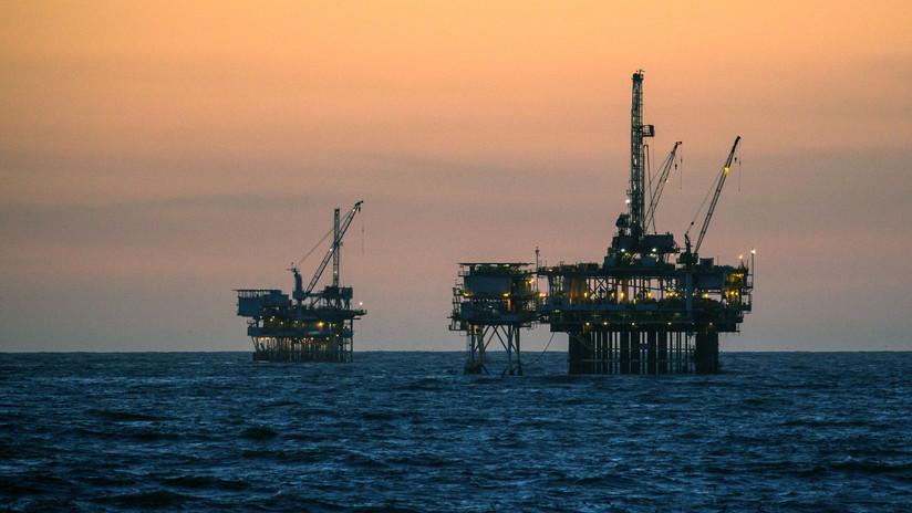 Otorgaron permisos a multinacionales para buscar petroleo en el marargentino