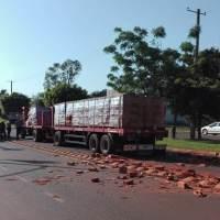 Peatón falleció al ser embestido por un camión en ruta 4