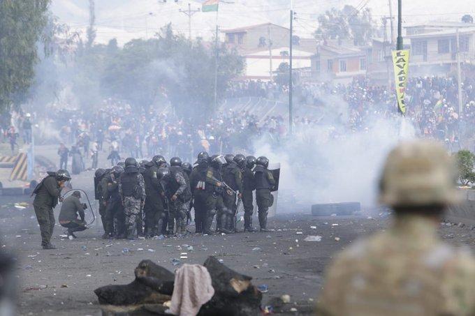 8 muertos durante un manifestación de cocaleros en defensa de EvoMorales