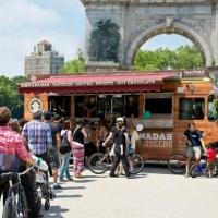 Argentinos venden empanadas en Nueva York y facturan más de 5 millones de dólares
