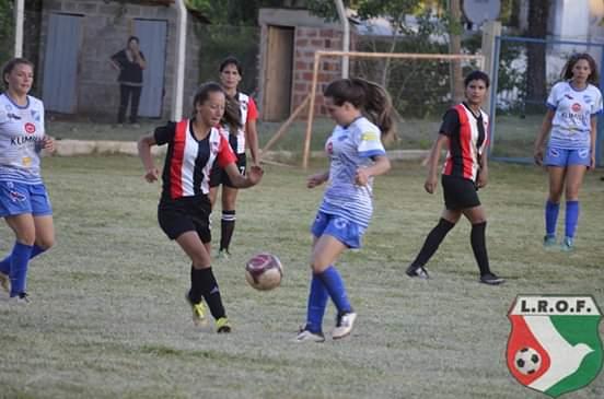 Atlético Oberá venció 6 a 1 a Ex Alumnos 185 y River ganó a Racing 2 a1