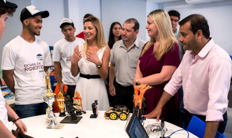 La futura primera dama se reunió con Herrera Ahuad yPassalacqua
