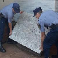 Robaron dos placas de mármol del Cementerio la Piedad