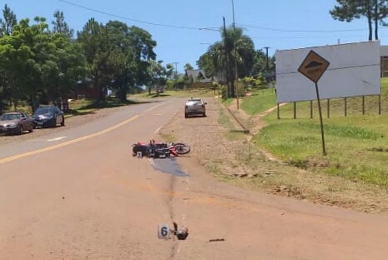 Motociclista terminó herido tras ser embestido por unauto