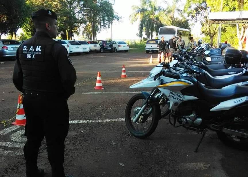 Policías participan de curso de Patrullamiento Táctico con Motos enBrasil