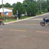 Chocaron dos motos y falleció una mujer