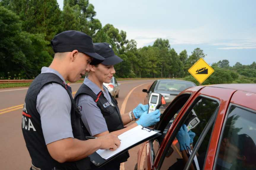 Operativo con 300 policías dejó 6 detenidos, 6 motos y 2 autossecuestrados