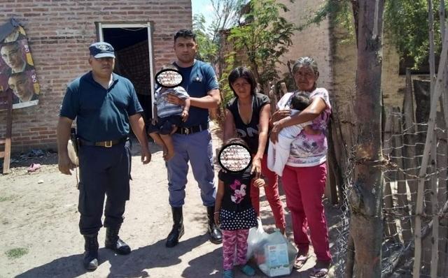 Llamó a la Policía porque no tenía para darle de comer a sus hijos y los agentes colaboraron conmercadería