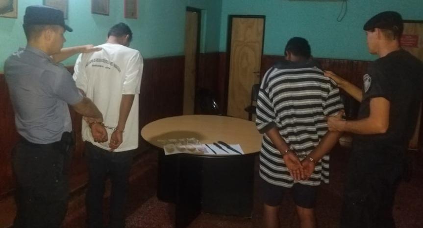 Atraparon a dos jóvenes cuando robaban a punta de cuchillo a unabuelo