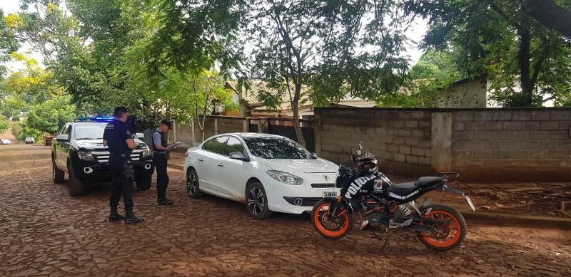 Apareció en Oberá un auto robado en frente a un banco enAlem