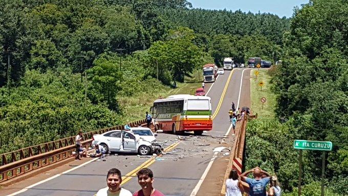 Choque múltiple dejó varios fallecidos en la ruta12