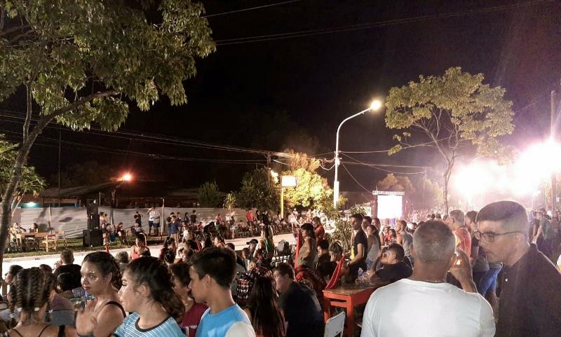 """Más de 2.500 personas disfrutaron de la primera noche de carnavales en """"LaDulce"""""""