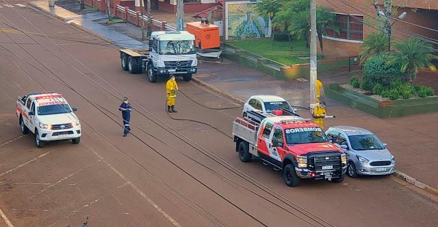 Bomberos Voluntarios desinfectaron calles de San Vicente y Dos deMayo