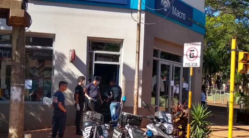 Realizaron operativos para evitar aglomeraciones en 73 bancos y cajeros de toda laprovincia