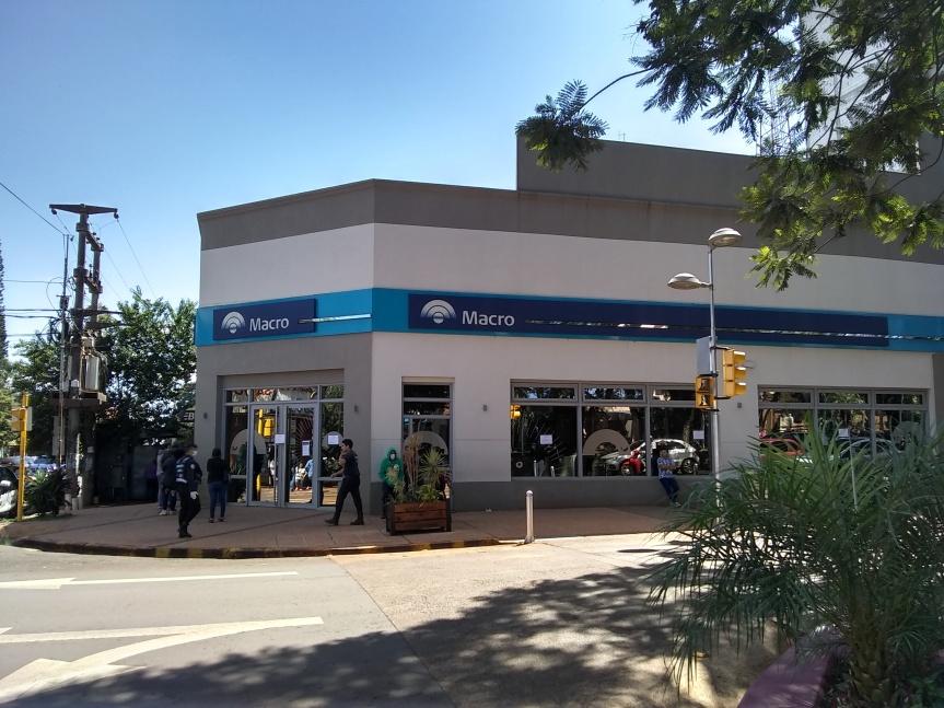 Bancos en Misiones atenderán este sábado y domingo de 8 a13