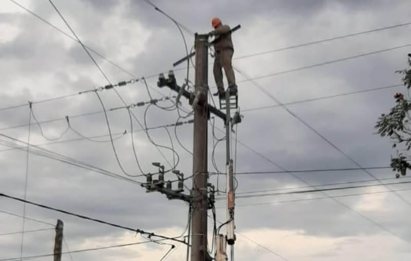 """Aumento de la luz: El gobierno buscará """"evitar un impacto altísimo en los bolsillos"""""""