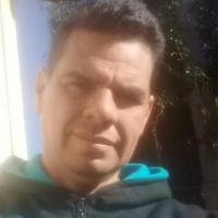 """Chaqueño varado en Oberá necesita quien lo pueda acercar hasta Corrientes: """"vendo mi ropa para poder comer"""""""